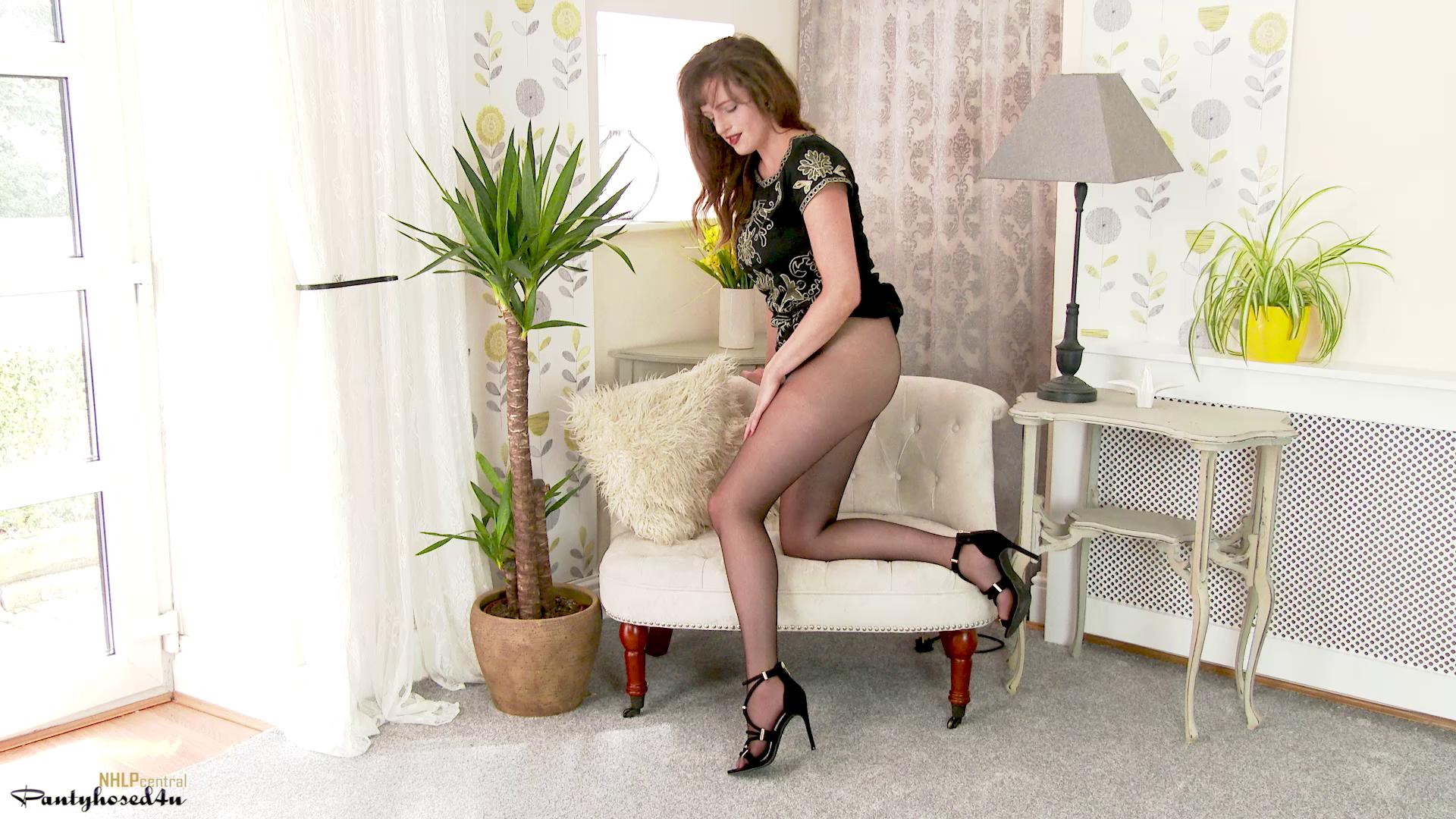 Pantyhosed4U – Kate Anne New Heels N Hose
