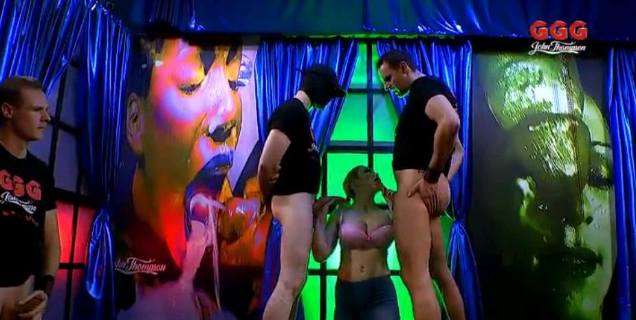 GGG Chessie Kay Titten Und Sperma