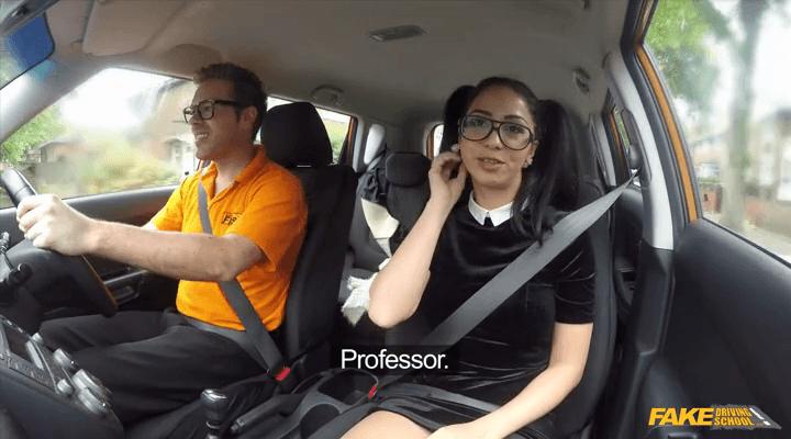 FakeDrivingSchool – Julia Lucia – Learner sucks cock for lessons