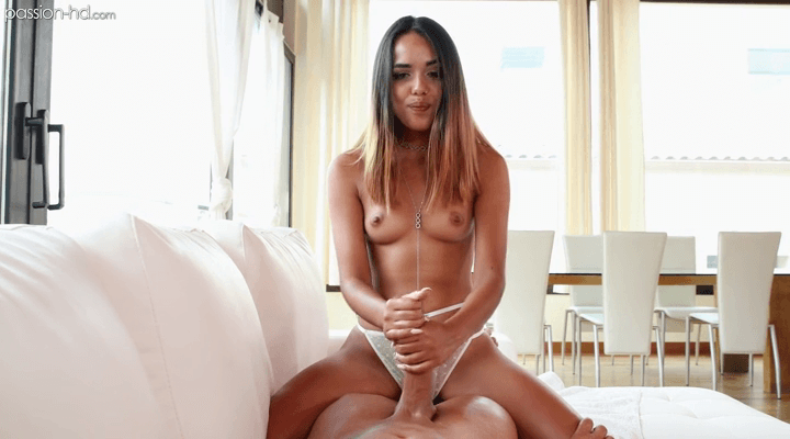 Passion-HD – Esperanza Del Horno Waiting For Her Man