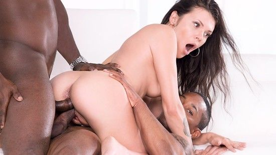 Private – Verona Sky – Her first interracial trio comes with double vaginal