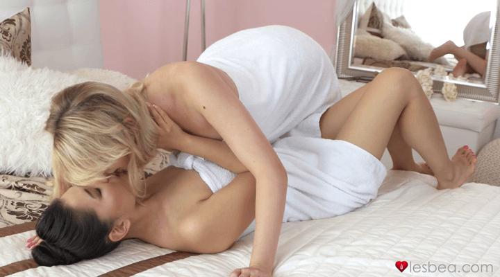 Lesbea – Anny Aurora And Katana