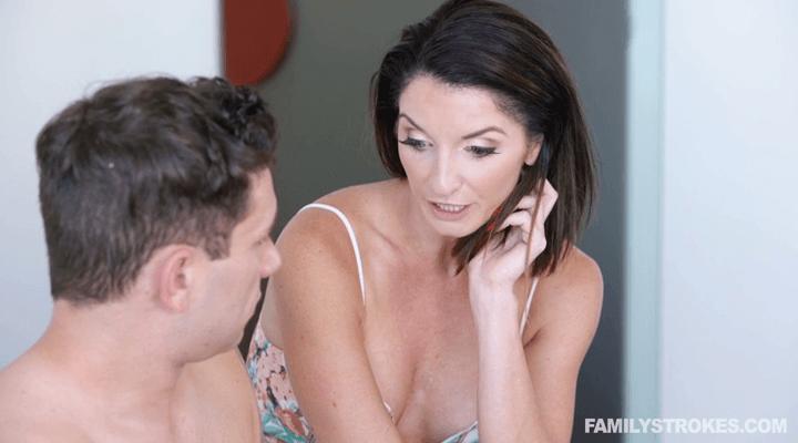 FamilyStrokes – Silvia Saige