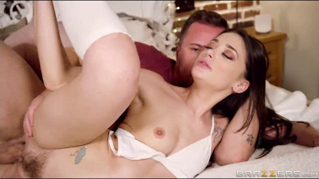 TeensLikeItBig –  Ella Hughes , Gia Paige –  All Hands on Dick