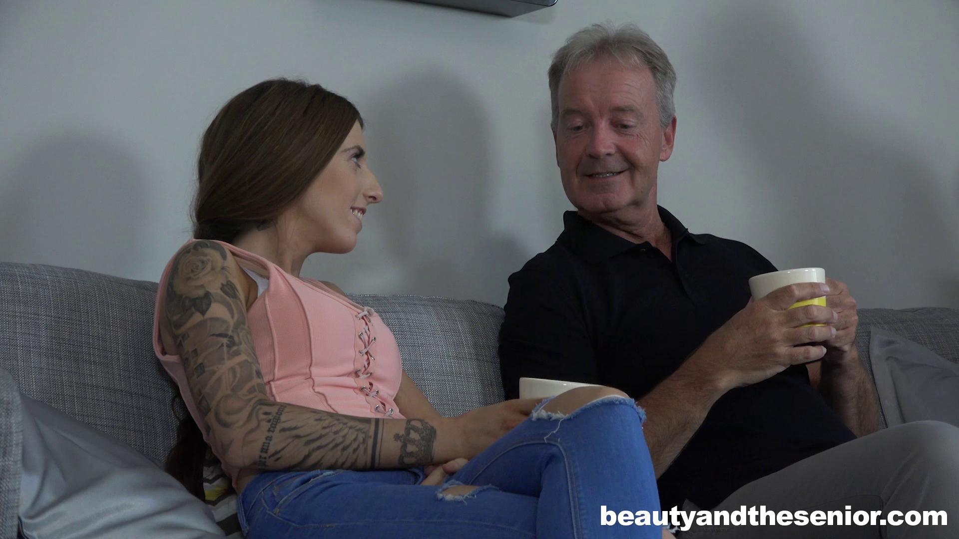 BeautyAndTheSenior – Lucie Amour